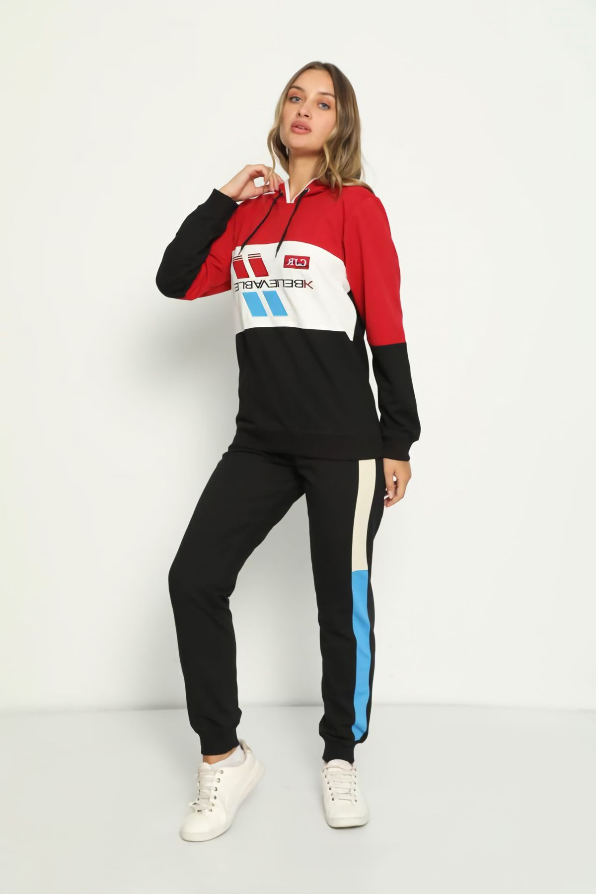 Women's Embroidery Detailed Hooded Tracksuit Set 3040 Red