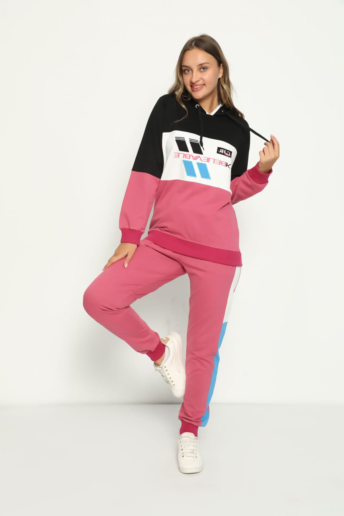 Women's Embroidery Detailed Hooded Tracksuit Set 3040 Fuchsia