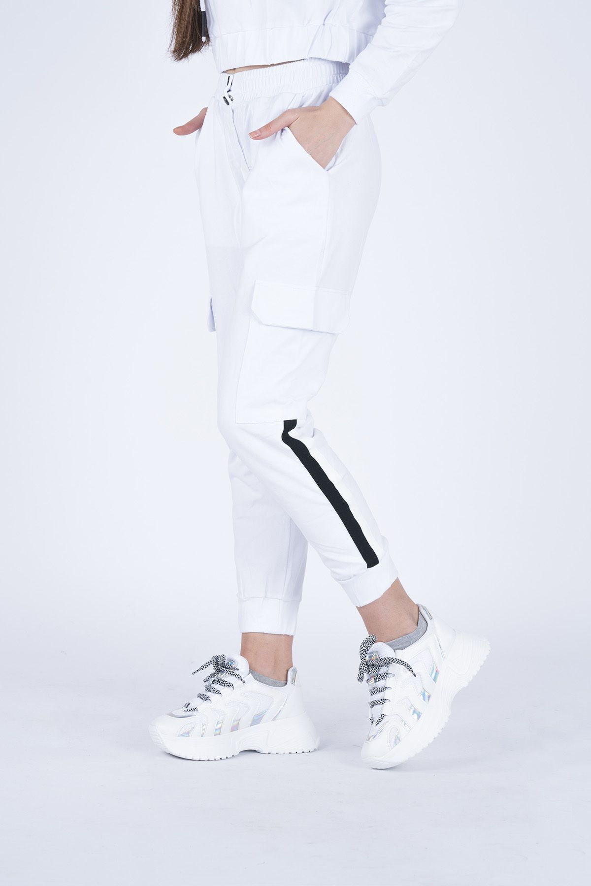 Striped Women's Tracksuit With Cargo Pocket  5949 White